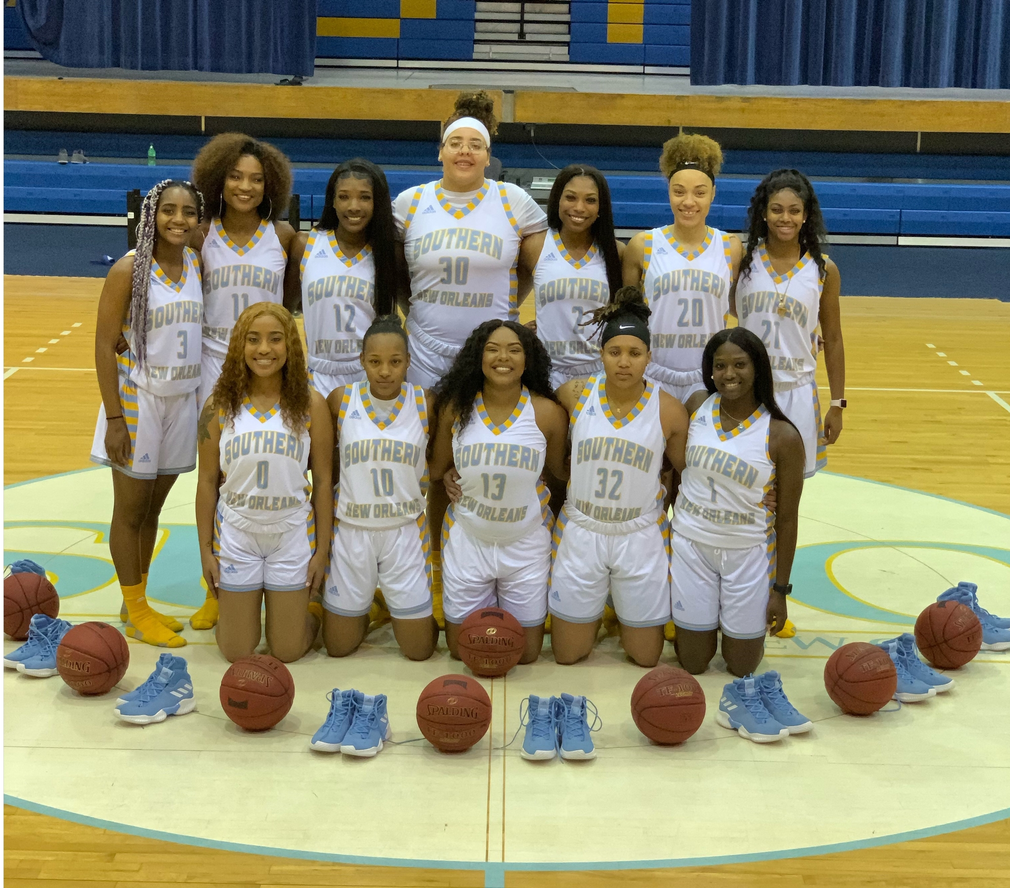 The 2018-2019 Southern University at New Orleans' Women's Basketball Team
